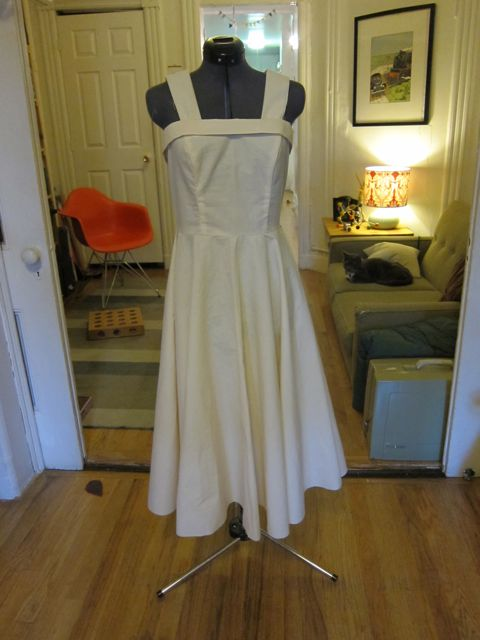 My Emmy Dress Muslin is Done! | Red-Handled Scissors