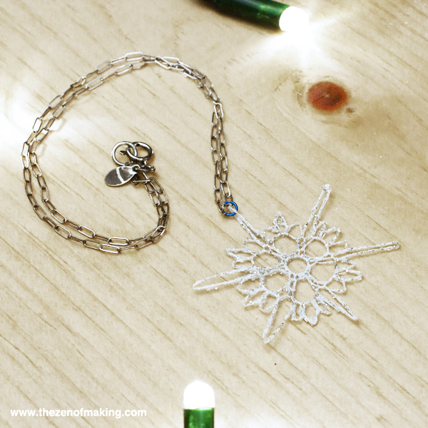 Tutorial: Mini Crocheted Snowflake Necklace | Red-Handled Scissors