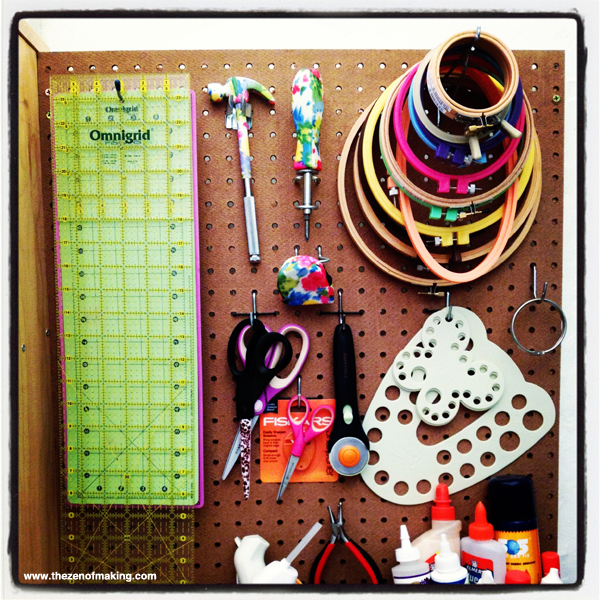 Sunday Snapshot: Embroidery Hoop Organization | Red-Handled Scissors