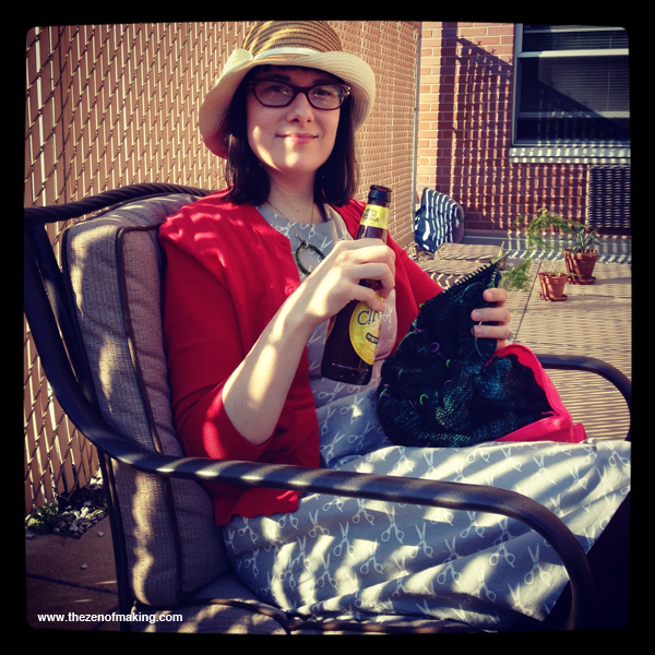 Sunday Snapshot: Beer, Knitting, and Porch Sitting | Red-Handled Scissors