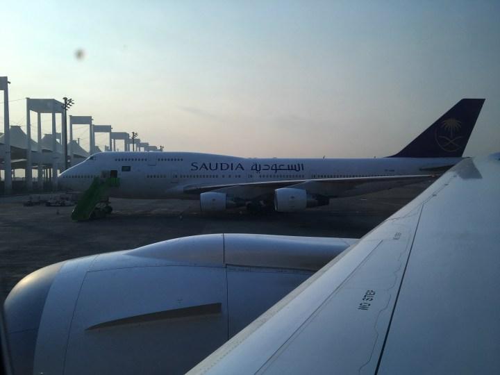 Bersiap terbang menggunakan Saudia Airlines