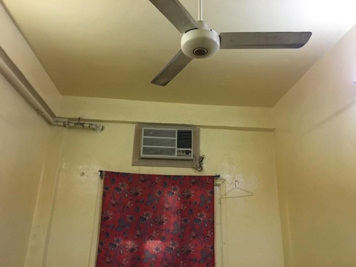 Fasilitas penginapan - AC dan kipas angin
