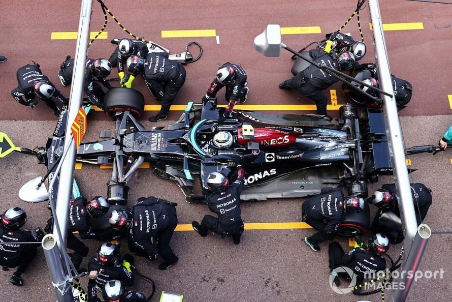 speed Formula 1 pit-stop