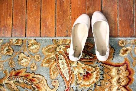 Decorating With Rugs | redleafstyle.com