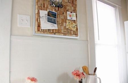 Wine Cork Bulletin Board | redleafstyle.com