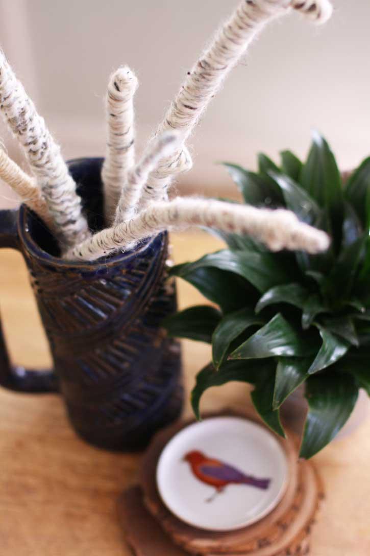 Easy Yarn Twig Décor | redleafstyle.com