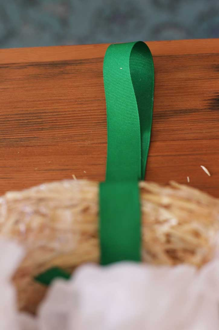DIY Coffee Filter Wreath | redleafstyle.com