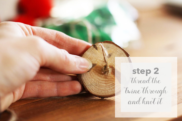 DIY Christmas Garland: Wood Chip Pompom Garland | redleafstyle.com