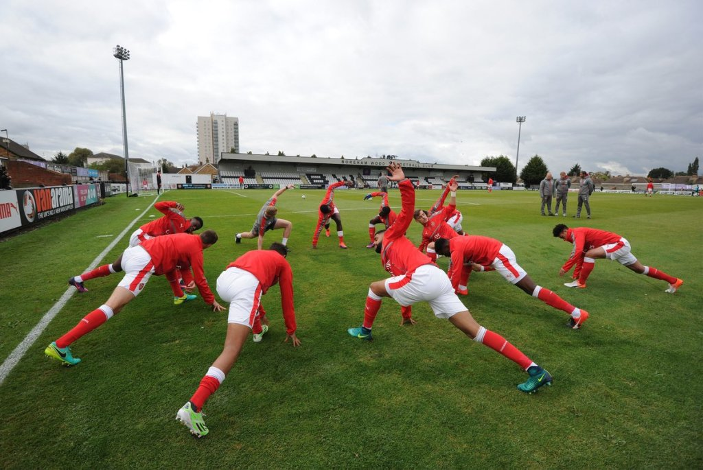 arsenal-kids-warming-up