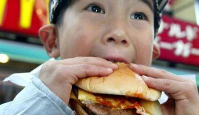 More Fast Food Means More Calories, Fat, Salt