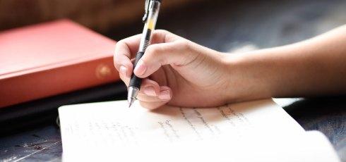 Keeping a Fibromyalgia Journal to Identify Triggers