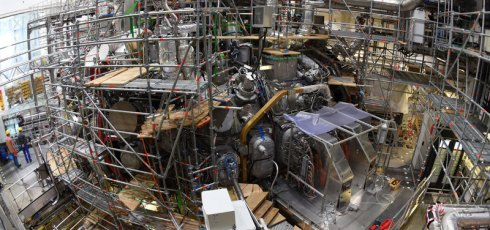 German fusion device switched on, produces helium plasma