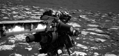 Curiosity rover stuck at base of Mt. Sharp due to technical issues