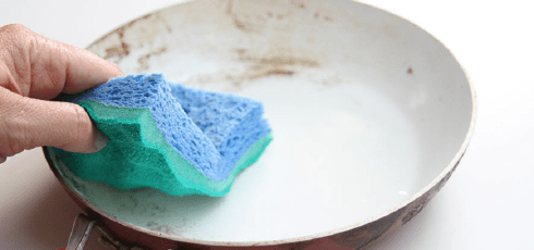 Sponges are the dirtiest thing in your kitchen, study finds