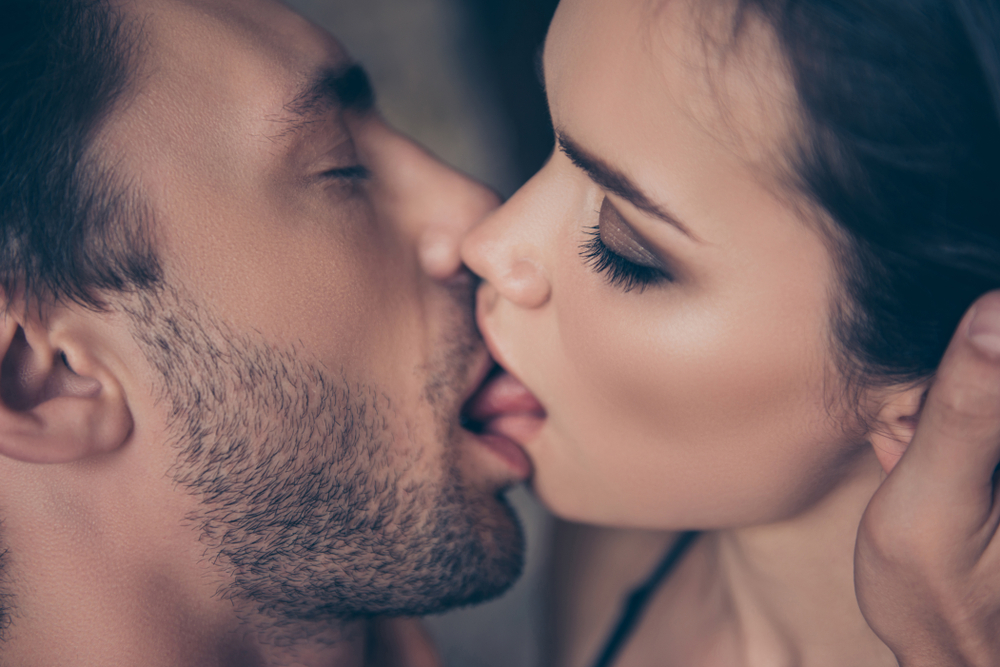 Can you catch hiv from kissing
