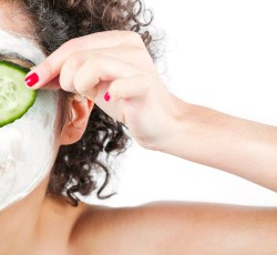 Eight Natural Remedies for Dark Circles