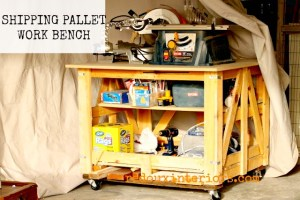 Make a Work Bench from Wood Shipping Pallet!