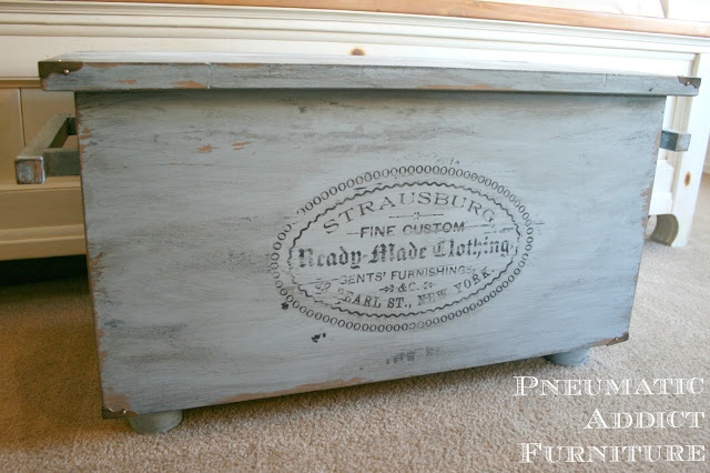 Blue Hope chest pneumatic addict