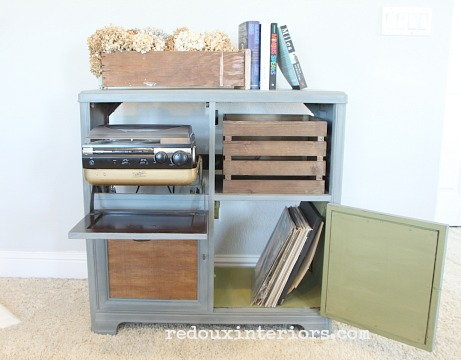 Vintage Stereo Cabinet makeover contrasting color inside redouxinteriors