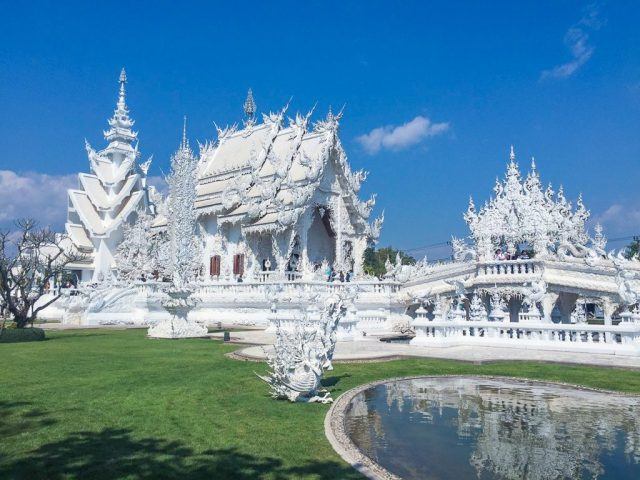 wat-rong-khun-white-temple-thailand