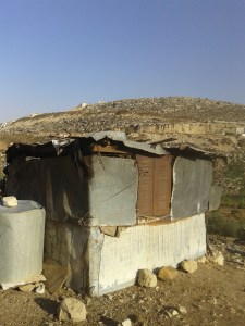 Animal shelter belonging to a Wadi Fuqeen shepherd