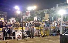 Demonstrators seeking justice for Tair Rada and Roman Zadorov
