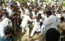 Pakistani mob beat Mashal Khan