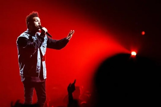 http://www.miaminewtimes.com/music/concert-review-the-weeknd-slayed-at-bbandt-center-in-sunrise-florida-may-11-9343209