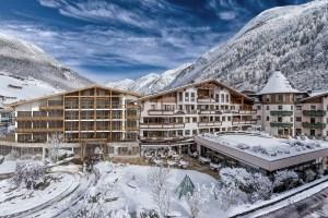 jpg-das_central_hotelansicht_winter_alexander_lohmann