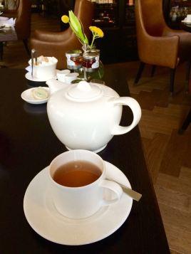 Endlich mal eine große Teekanne! Vier Tassen Earl Grey sind mindestens drin.