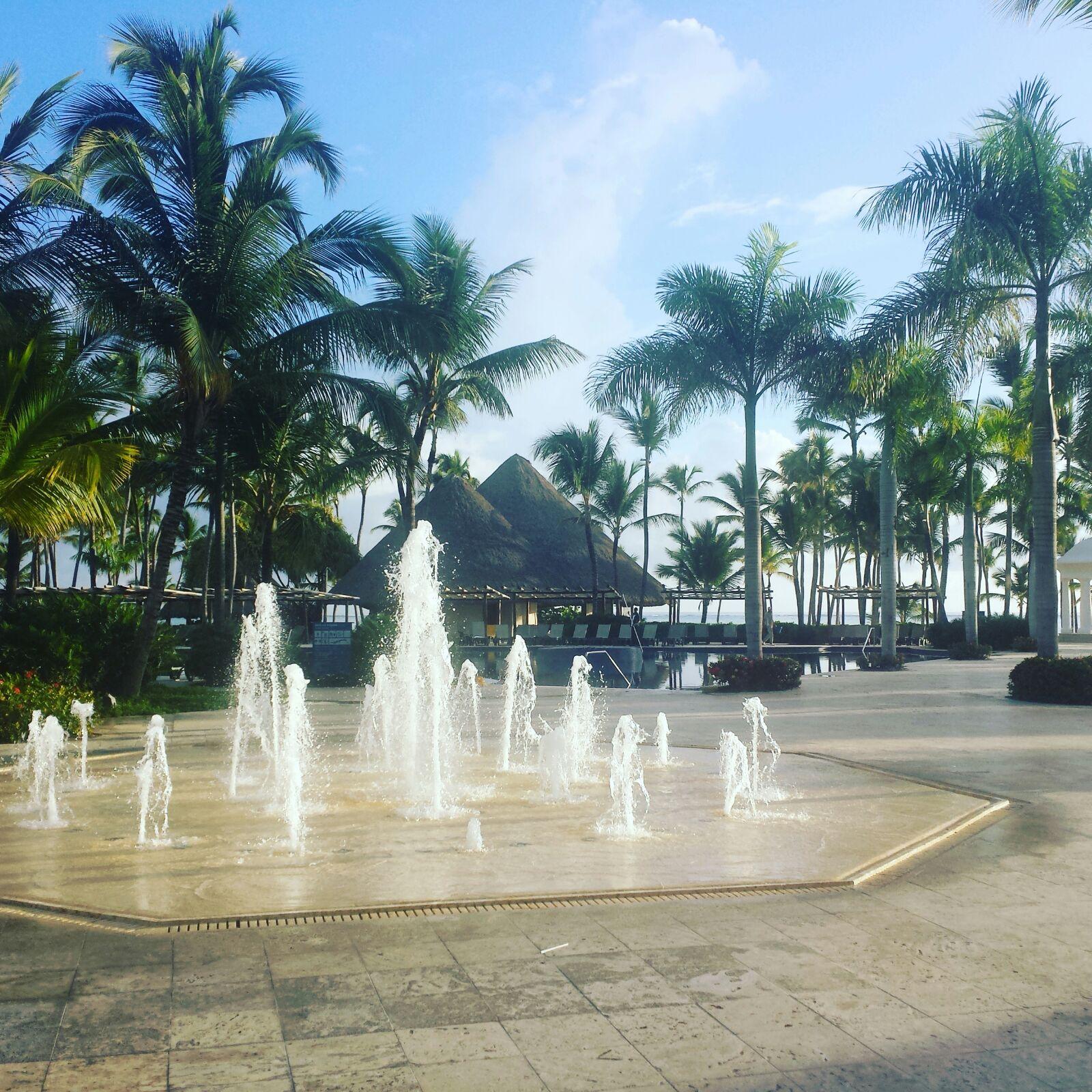 Sonnenaufgang über dem Bavaró Palace Deluxe. Das All-Inklusive-Resort imSüden der Dominikanischen Republik gehört zur spanischen Barceló-Kette.