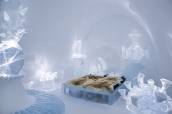 ART & DESIGN book 2015, ICEHOTEL, iCelebrate25, Suite 316, Abeject Beauty design by Lotta Lampa and Julia Gamborg Nielsen.