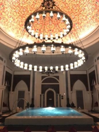 Danach ging es zu einem Hamam ins Spa vom Zabeel Saray. Das Spa ist beliebt bei den Locals. Etwa 80 Prozent der Gäste kommen für die Treatments aus Dubai.