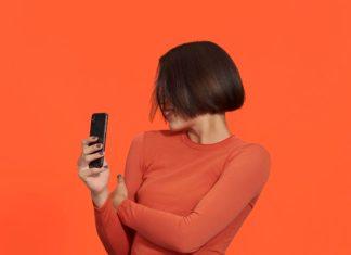 77 % der Kunden buchen Treatments auf ihrem Smartphone oder mit der App, ein Trend der laut Kadence in allen Märkten sichtbar ist