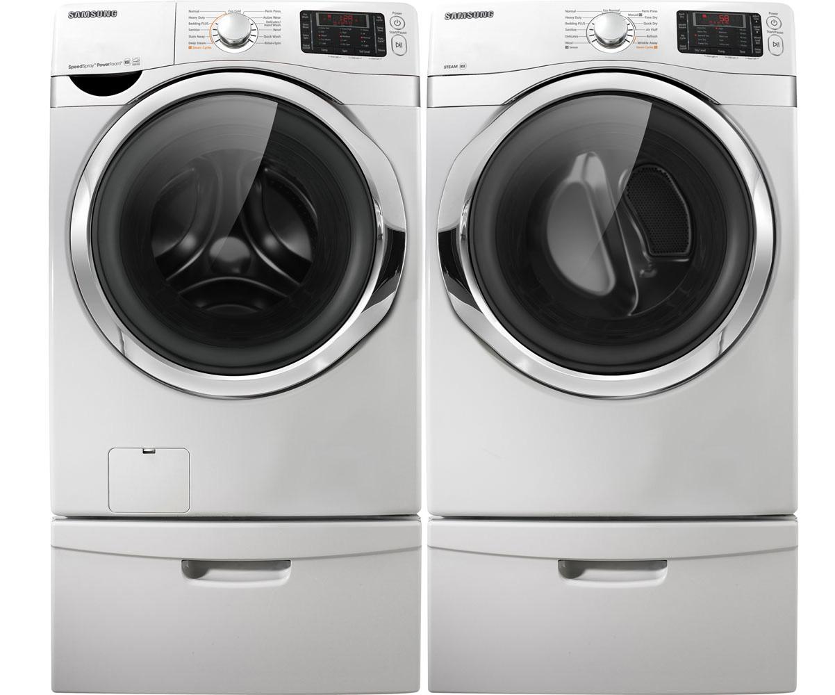 Samsung White Steam Washer And Steam Gas Dryer Laundry Set