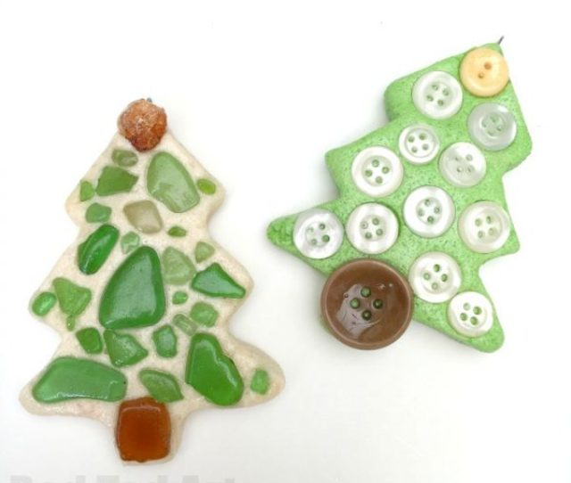 Sea Glass Ornaments Turn Your Beach Finds Into Christmas Keepsakes By Turning Sea Glass