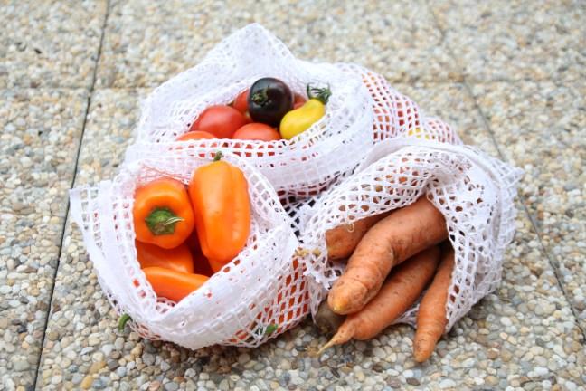 Sezónní zelenina v látkových pytlíčcích