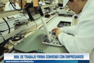 MINISTERIO DE TRABAJO FIRMA CONVENIO CON EMPRESARIOS
