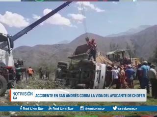ACCIDENTE EN SAN ANDRÉS COBRA LA VIDA DEL AYUDANTE DEL CHOFER