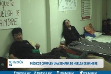 MÉDICOS CUMPLEN UNA SEMANA DE HUELGA DE HAMBRE