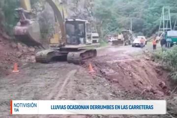 LLUVIAS OCASIONAN DERRUMBES EN LAS CARRETERAS