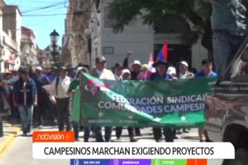 CAMPESINOS MARCHAN EXIGIENDO PROYECTOS
