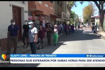 LARGA FILA Y POCO PERSONAL PARA TRAMITAR EL CERTIFICADO DE IMPEDIMENTO