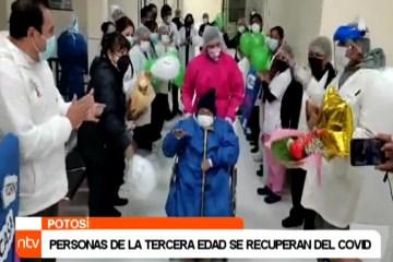 PERSONAS DE LA TERCERA EDAD SE RECUPERAN DEL COVID