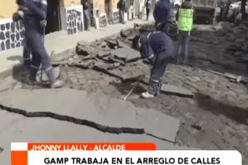 GOBIERNO MUNICIPAL TRABAJA EN EL ARREGLO DE CALLES
