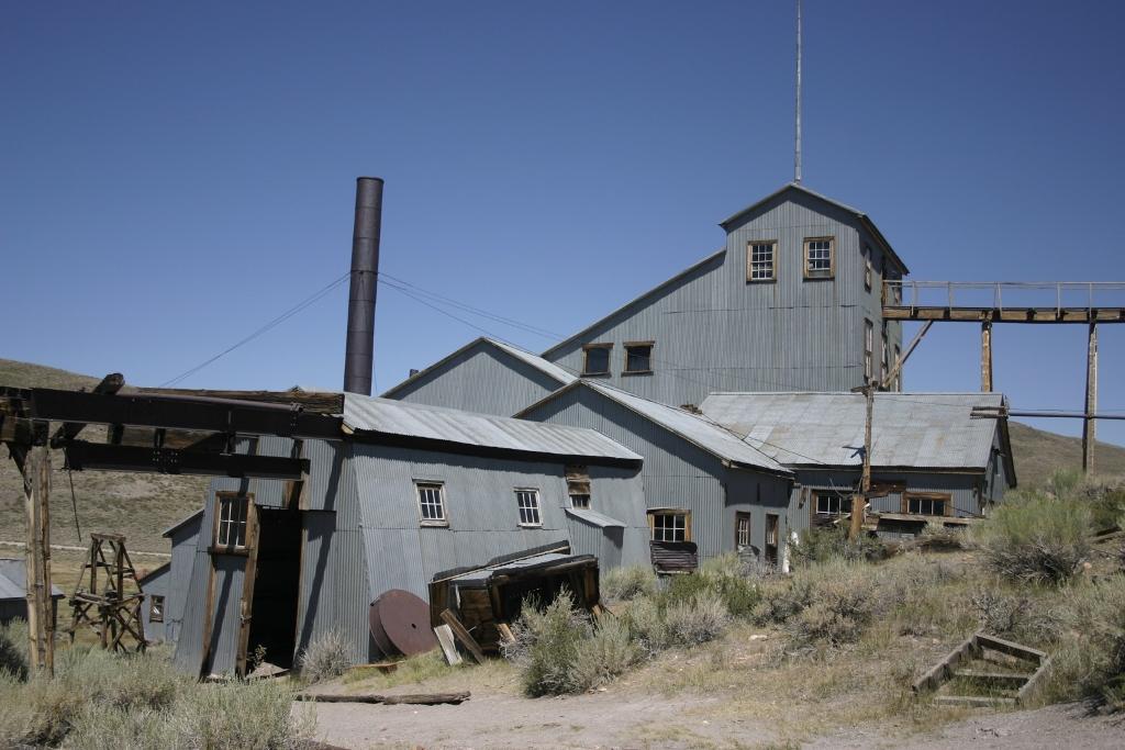Bodie_CA_-_industrial_building