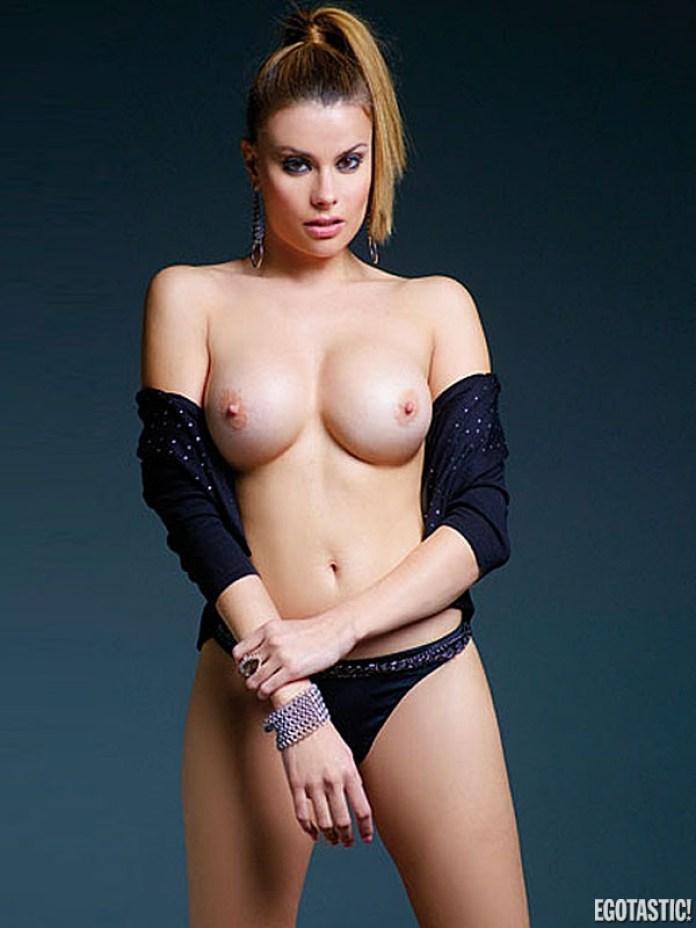 maria-lapiedra-topless-in-interviu-60-600x800