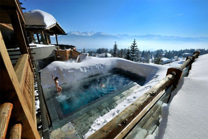 4.-Hot-pool-on-the-cold-Alps-630x420