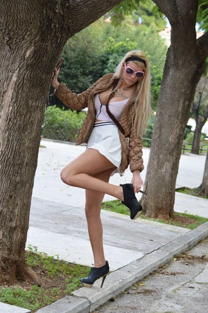 Maria-Alexandrou-White-Skirt-Zappeio-Athens-Kanoni-4