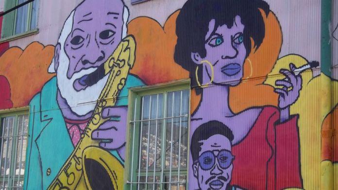 valparaiso-graffiti-arte-copa-america-15062015_3ekt5tnh1s2zfvue8tqnbam